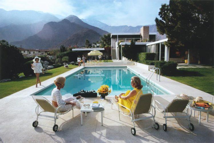 slim-aarons-poolside-glamour-palm-springs-midcentury