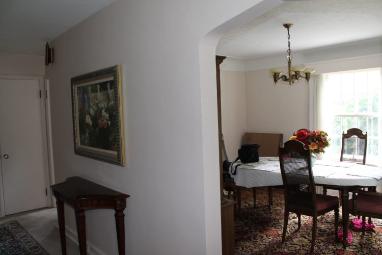 hallway_dining_room_before_renovation