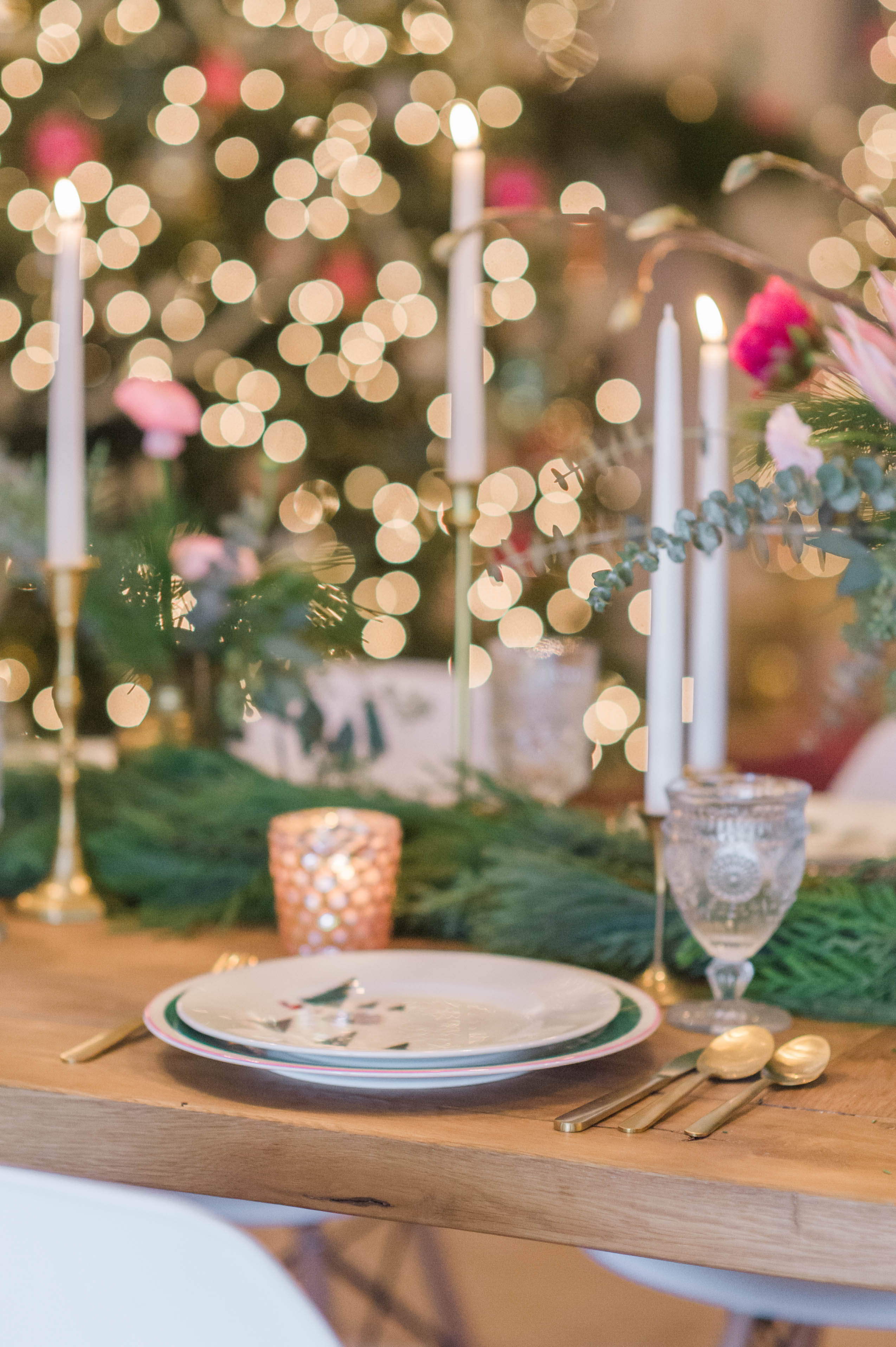 ate_spade_arbor_village_target_gold_flatware_christmas_tablescape