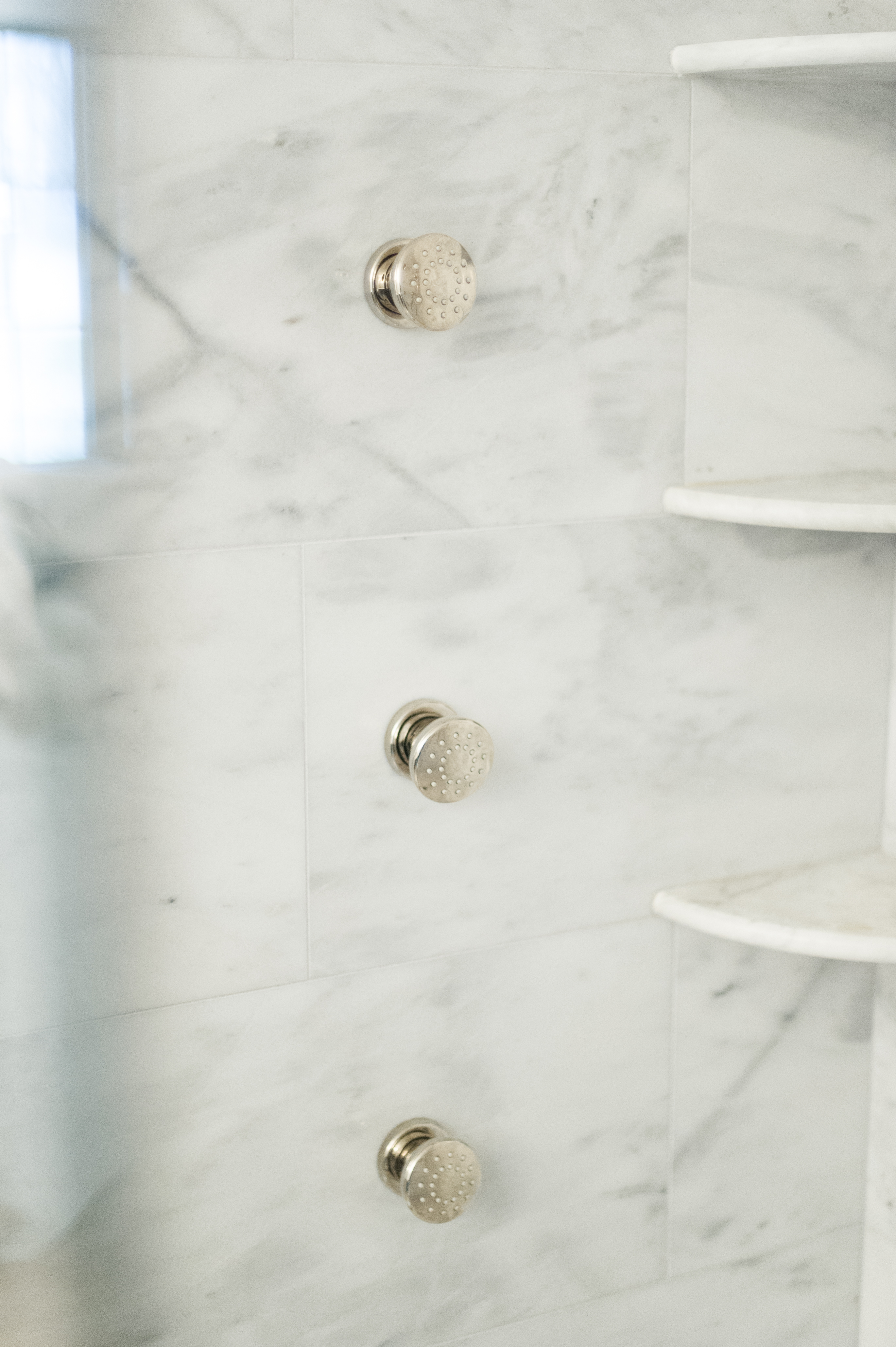 Modern French Country Ensuite Renovation Reveal - The Leslie Style