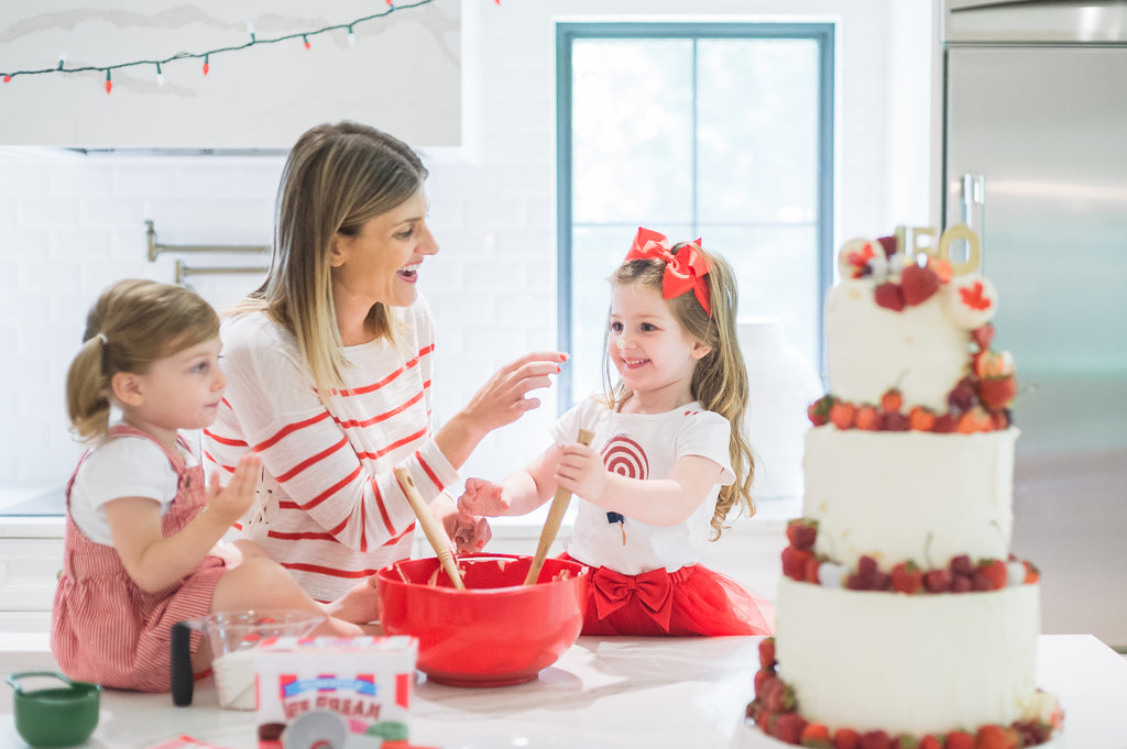 7 Canada Day Family Photo Shoot Ideas