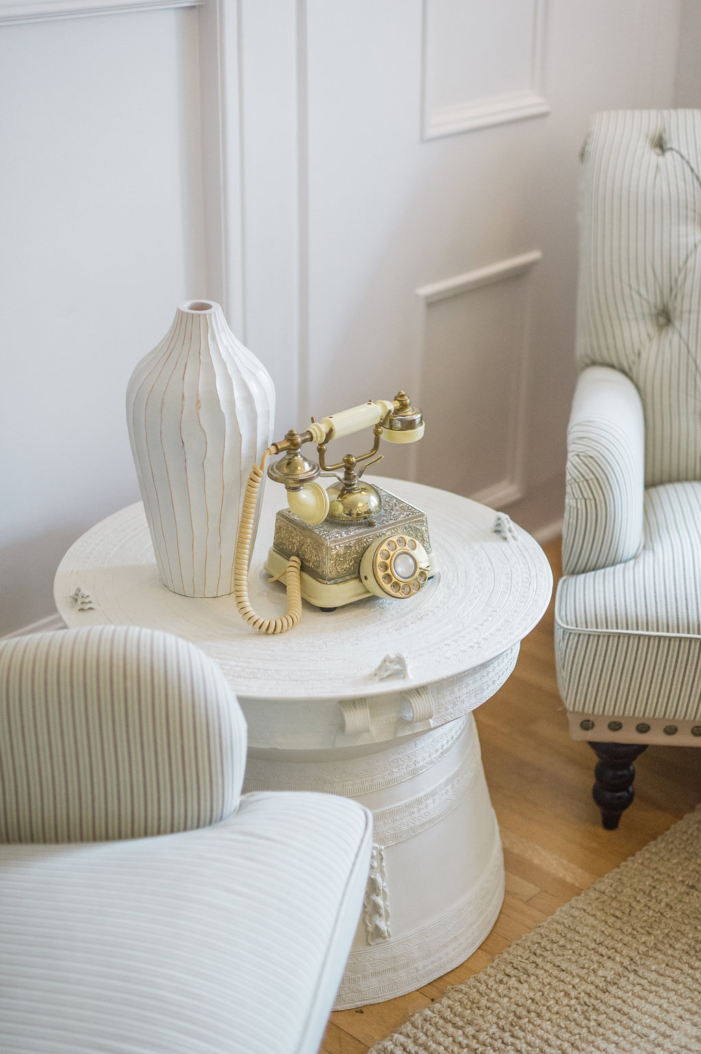 Modern French Country Family Room Renovation Reveal - The Leslie Style