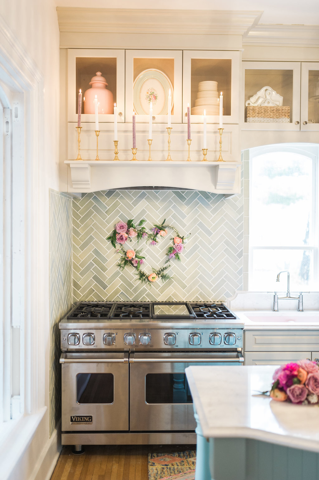 Valentine\'s Day Kitchen Styling - The Leslie Style